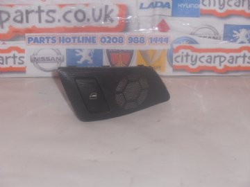 SKODA OCTAVIA MK2 DRIVER SIDE REAR LOUDSPEAKER TRIM WINDOW SWITCH 1Z0868160A